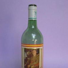 Botellas antiguas: BOTELLA*VINO NACIONAL* 75 CL.ETIQUETA CON FOTO DE FRANCO,REVERSO:POR LA PATRIA, EL PAN Y LA JUSTICIA. Lote 28727152
