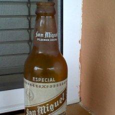 Botellas antiguas: BOTELLA DE CERVEZA SAN MIGUEL ESPECIAL PILSENER CRISTAL.SERIGRAFIADA. Lote 29073100