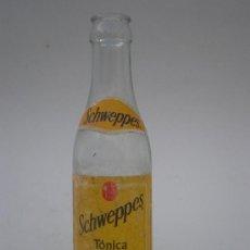 Botellas antiguas: BOTELLA *SCHWEPPES* TÓNICA, 180 ML. ETIQUETA. Lote 29129099