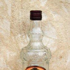 Botellas antiguas: BOTELLA DE CRISTAL VINO MOSCATEL. Lote 29164030