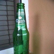 Botellas antiguas: BOTELLA DE CERVEZA CARLSBERG . 33 CL. CON NOMBRE EN RELIEVE. Lote 29168803