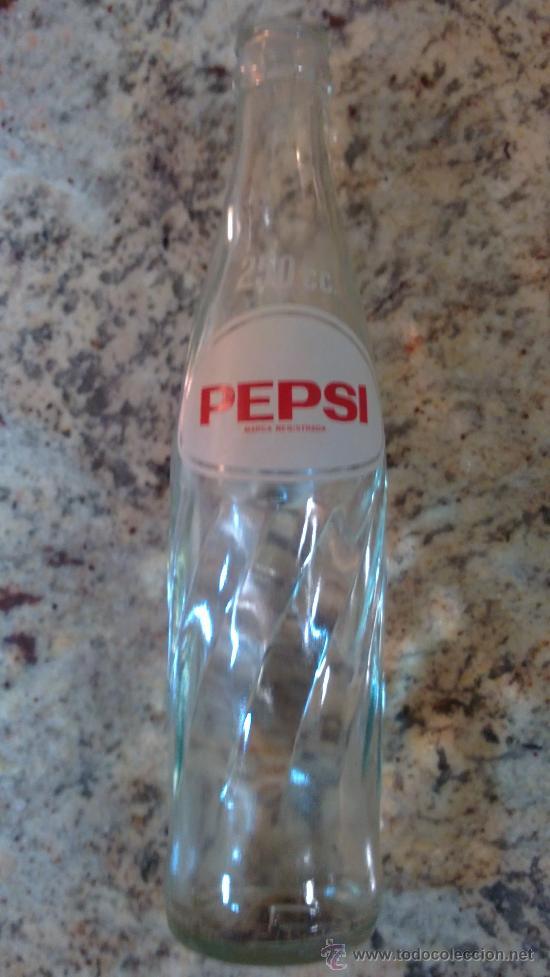 Botellas antiguas: Botella refresco PEPSI COLA, 250 cc., serigrafiada/24CENTIMETROS. - Foto 2 - 29617830