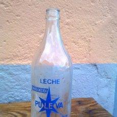 Botellas antiguas: ANTIGUA BOTELLA DE LECHE PULEVA, SERIGRAFIADA. 1 LITRO. Lote 29554435