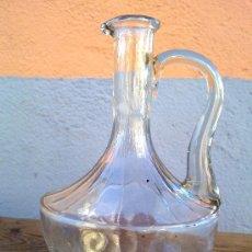 Botellas antiguas: BONITA BOTELLA DE CRISTAL. Lote 29875488
