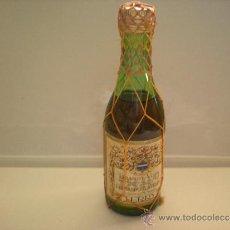 Botellas antiguas: BOTELLIN BRANDY VIEJO FERNANDO AD TERRY PUERTO SANTA MARIA AÑO 1970 IMPUESTO 50 CENTIMOS. Lote 31130955