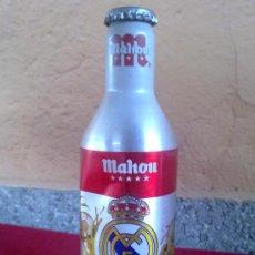 Botellas antiguas: BOTELLA DE CERVEZA DE MAHOU, EN ALUMINIO, REAL MADRID. 33 CL.. Lote 32021719