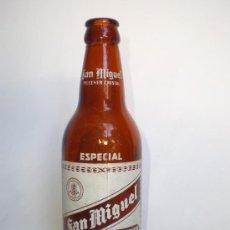 Botellas antiguas: BOTELLA CERVEZA *SAN MIGUEL* ESPECIAL, 33 CL. -SIN LOS NOMBRES DE FÁBRICAS- SERIGRAFIADA. Lote 32121846