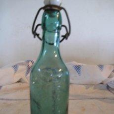 Botellas antiguas: BOTELLA ANTIGUA DE AGUA OXIGENADA FORET.. Lote 33062516