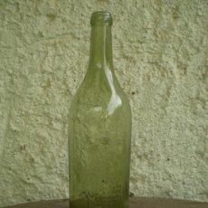 Botellas antiguas: BOTELLA COÑAC CABALLERO LETRAS EN RELIEVE Y ESCUDO. Lote 33310759