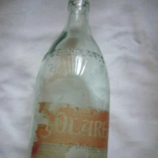 Botellas antiguas: ANTIGUA BOTELLA AGUA DE SOLARES 1 LITRO RELIEVE. Lote 33453741