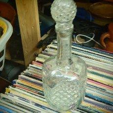 Botellas antiguas: LICORERA DE CRISTAL PRENSADO. Lote 34141128