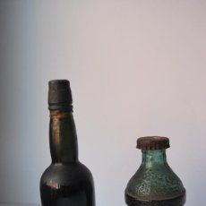 Botellas antiguas: LOTE DE 2 BOTELLAS EN MINIATURAS ANTIGUAS. Lote 34655195