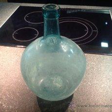 Botellas antiguas: BOTELLA ANTIGUA DAMAJUANA DE CRISTAL VIRESA 4 O 5 LITROS . Lote 35723816