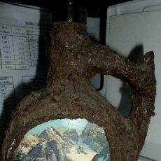 Botellas antiguas: CURIOSA BOTELLA. Lote 35767897