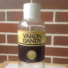 Botellas antiguas: BOTELLA GRANDE DE COLONIA VARON DANDY, ESPAÑA. 1 LITRO. Lote 36239760