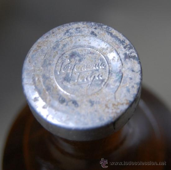 Botellas antiguas: FRASCO DE COLONIA PERFUME CÍTRICA DE PERFUMERÍAS TOIGA DE SEVILLA 1 LITRO // BOTELLA ÚNICA AÑOS 40 - Foto 2 - 36296292