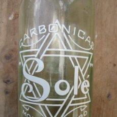 Botellas antiguas: BOTELLA LITRO GASEOSA , CARBONICAS SOLE- MORA DE EBRO 1958 - TARRAGONA. Lote 36535080