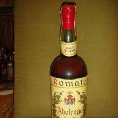 Botellas antiguas: ANTIGUA Y BONITA BOTELLA BRANDY ABOLENGO. LLENA Y SIN ABRIR. PRECINTO 4 PTS. TAPÓN DE CORCHO.. Lote 36811313