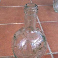 Botellas antiguas: PRECIOSA BOTELLA MUNDIAL 90 VINO CALDIROLA PRODUCT OF ITALY. Lote 37027964
