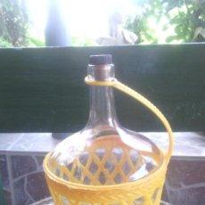 Botellas antiguas: BOTELLA DE CRISTAL PARA VINO.. Lote 37154691