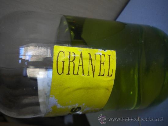 Botellas antiguas: botella de colonia heno granel - Foto 2 - 110987228