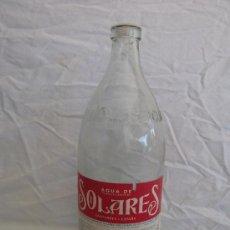 Botellas antiguas: ANTIGUA BOTELLA DE AGUA SOLARES SANTANDER, LETRAS EN RELIEVE. 1 LITRO NUMERADA. Lote 37615535