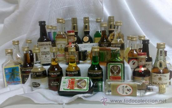 Botellas antiguas: COLECCIÓN DE 35 MINIATURAS DE BOTELLA DE LICOR. - Foto 24 - 37677706