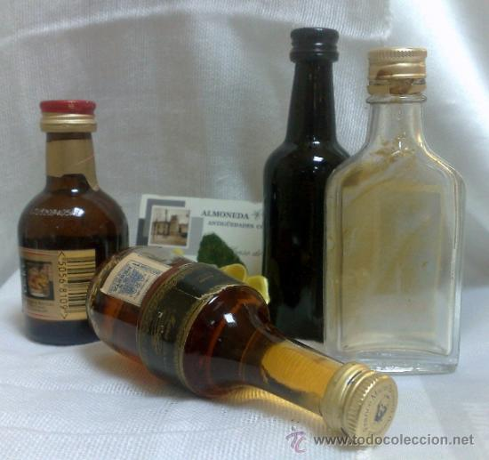 Botellas antiguas: COLECCIÓN DE 35 MINIATURAS DE BOTELLA DE LICOR. - Foto 15 - 37677706