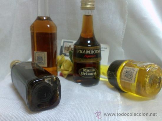 Botellas antiguas: COLECCIÓN DE 35 MINIATURAS DE BOTELLA DE LICOR. - Foto 20 - 37677706