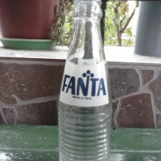 Botellas antiguas: ANTIGUA BOTELLA DE FANTA, SERIGRAFIADA. Lote 38437309
