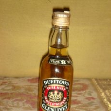 "Botellas antiguas: ANTIGUO BOTELLIN ""DUFFTOWN GLENLIVET 8 YEARS"" PURE MALT SCOTCH WHISKY. C1960 . Lote 38454934"