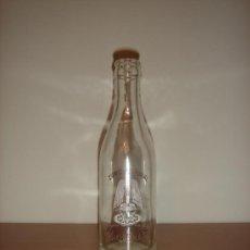 Botellas antiguas: BOTELLA DE ZUMO NATURAL SCHWEPPES / BOTELLÍN / SERIGRAFIADO / AÑOS 70. Lote 38623109
