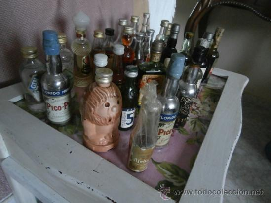 Botellas antiguas: GRAN LOTE 28 BOTELLAS MINIATURA, LLENAS, ANTIGUAS COLECCIÓN CON SELLO DE IMPUESTO - Foto 5 - 38778941