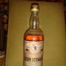 "Botellas antiguas: ANTIGUA BOTELLA ""BURN STEWART"" GOLD LABEL, 5 YEARS OLD, SCOTCH WHISKY. SIN ABRIR. C1970. Lote 40679289"