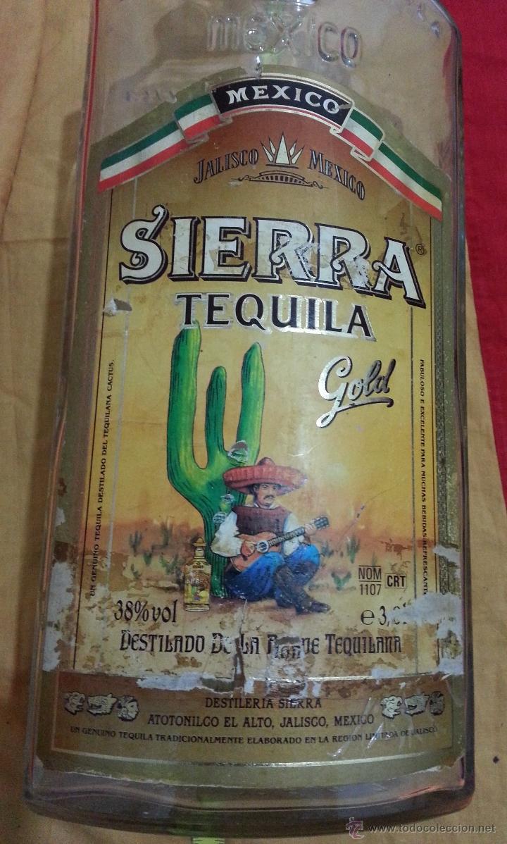 Botellas antiguas: Botella DE TEQUILA MARCA SIERRA años 70 DE 3 LITROS - Foto 2 - 41070073