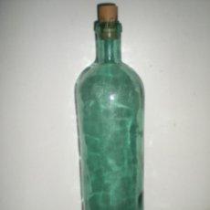 Botellas antiguas: ANTIGUA BOTELLA DE LAVAVAJILLAS MARCA MISTOL AÑOS 30 VIDRIO AZUL CON IMPERFECCIONES SELLADA. Lote 41144212