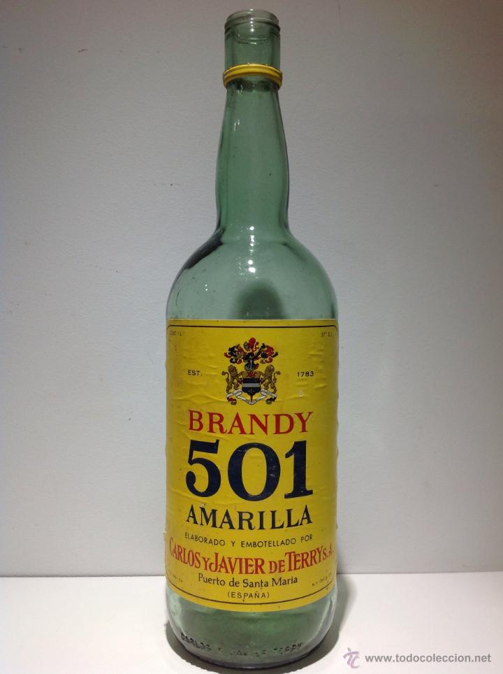 BOTELLA DE BRANDY 501 AMARILLA. TERRY. (Coleccionismo - Botellas y Bebidas - Botellas Antiguas)