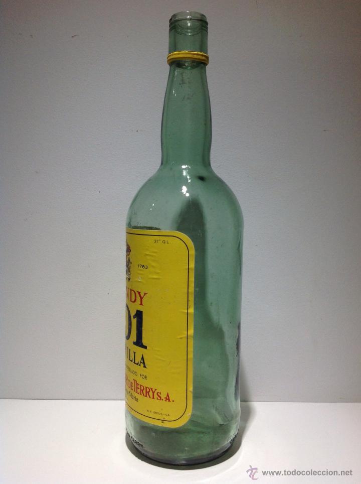 Botellas antiguas: BOTELLA DE BRANDY 501 AMARILLA. TERRY. - Foto 2 - 41372158