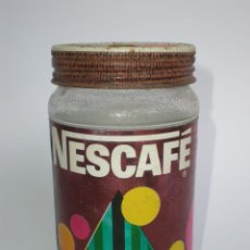 Botellas antiguas: ANTIGUO ENVASE *NESCAFÉ* PROMOCIÓN NAVIDAD, 100 GR. CAFÉ INSTANTÁNEO, ENVOLTORIO NAVIDEÑO, NESTLÉ. Lote 41485735