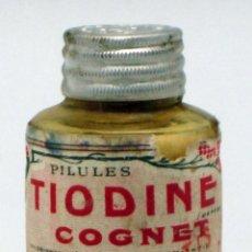 Botellas antiguas: FRASCO FARMACIA FRANCÉS TIODINE COGNET PP S XX NUEVO SIN ABRIR CON CONTENIDO. Lote 42247252