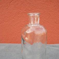 Botellas antiguas: ANTIGUA BOTELLA DE FARMACIA TRANSPARENTE.. Lote 42459550