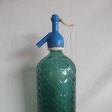 Botellas antiguas: ANTIGUA BOTELLA SIFON VILELLA Y VIUDAS CON DIBUJO EN CRISTAL. Lote 42653877