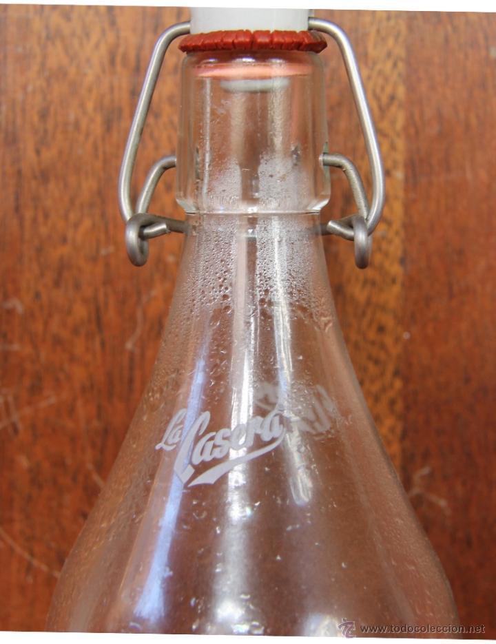 Botellas antiguas: BOTELLA LA CASERA EDICION ESPECIAL 50 ANIVERSARIO - Foto 3 - 42980512