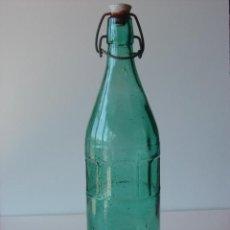 Botellas antiguas: BOTELLA AGUA OXIGENADA FORET. Lote 43213669