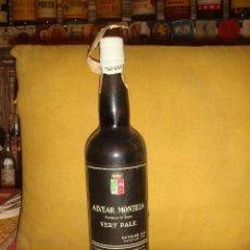 Botellas antiguas: ANTIGUA BOTELLA DE VINO ALVEAR MONTILLA. CORDOBA. SIN ABRIR. C1970. Lote 44169202