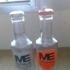 Botellas antiguas: 2 BOTELLAS DE REFRESCO ME. CITRUS Y ORANGE. CON CHAPAS. BY BORNEY.. Lote 45021690