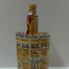Botellas antiguas: BOTELLA DE ANIS CAZALLA.(JOSE CALVO ).TORRE DEL ORO.. Lote 45243972