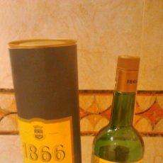 Botellas antiguas: BRANDY GRAN RESERVA 1866 LARIOS. PARA COLECCIÓN ENVASE VACÍO. BOTELLA Y CAJA CILINDRO.. Lote 46063846