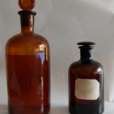 Botellas antiguas: FRASCO DE FARMACIA LOTE DE DOS FRASCOS DE FARMACIA CON CONTENIDO. Lote 46156929