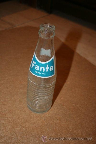 BOTELLÍN DE FANTA. AÑOS 70. BOTELLA. (Coleccionismo - Botellas y Bebidas - Botellas Antiguas)